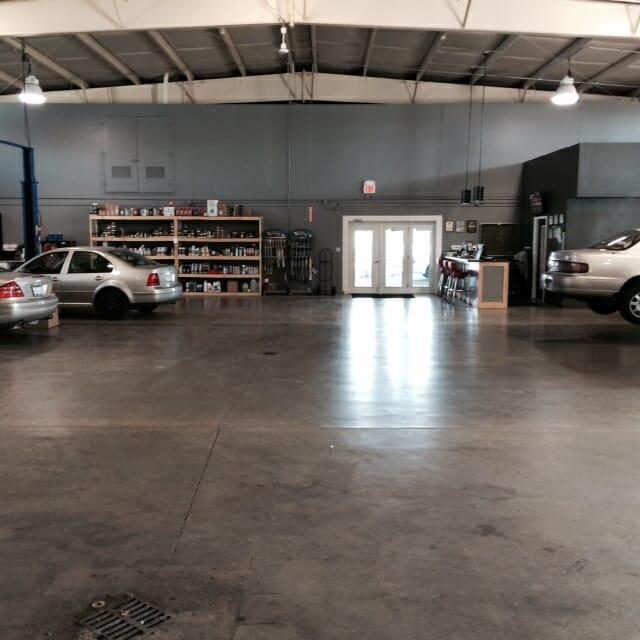 Shop photos gallery automotive management network for Grand rapids motor car